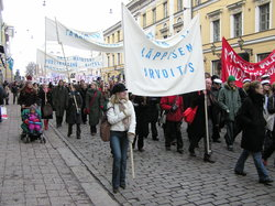 Mielenosoitus vuonna 2004.